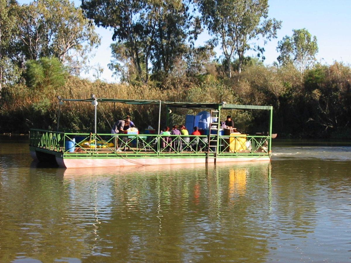 Riverboat-Misverstand-Dam,-Koringberg
