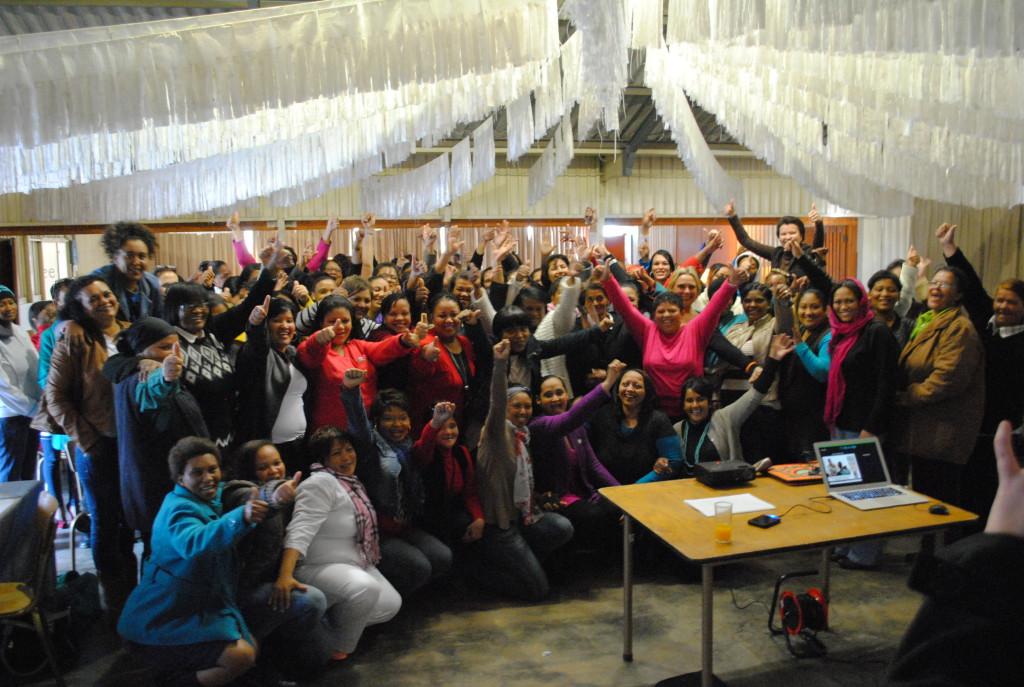 Vroulike beamptes tydens Vrouedagvieringe by die Weskus Distriksmunisipaliteit.